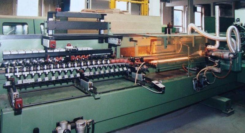 výrobní stroje Polyform
